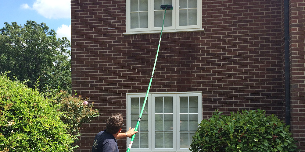 Pole-Fed Window Cleaning System